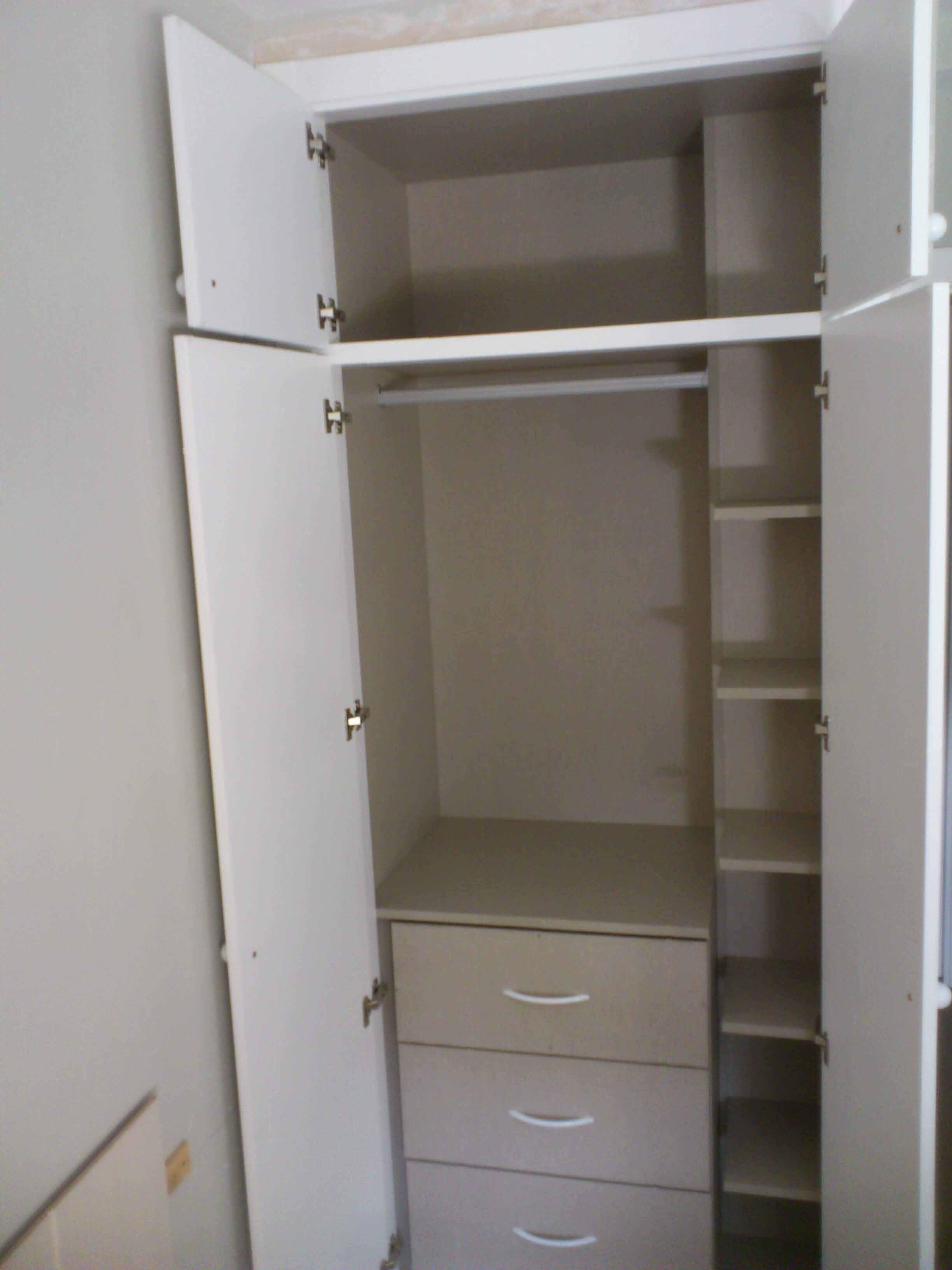 Armarios con puertas abatibles luarco - Puertas armario abatibles ...