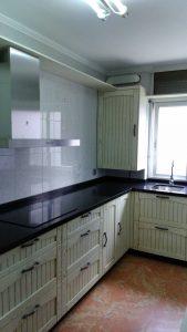 Mobiliario de cocina estilo rústico en Sevilla