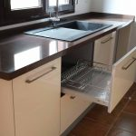 Mueble platero extraíble para cocina