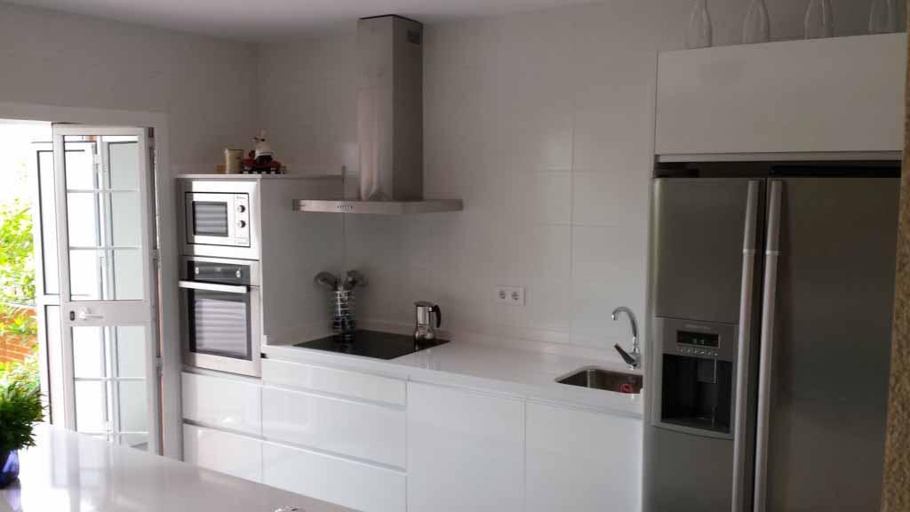 Venta e Instalación de muebles de cocina en Sevilla | A ...